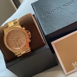 Michael Kors Watch w/ Rose Gold face & metal band